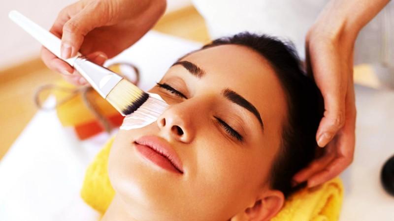 Manten tu belleza facial con buenos tratamientos
